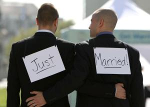 wpid-81601297-same-sex-couple-ariel-owens-and-his-spouse-joseph-barham.jpg.crop_.promo-mediumlarge.jpg